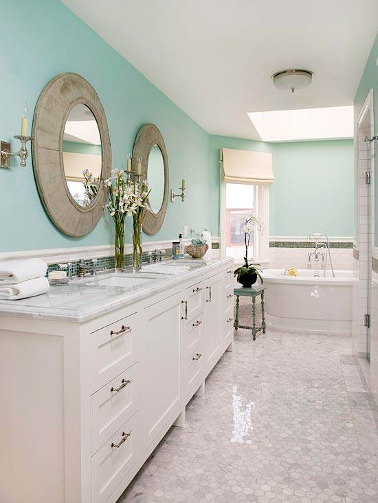 Bathroom Design And Remodel Blending The Classic Cape Cod Style And