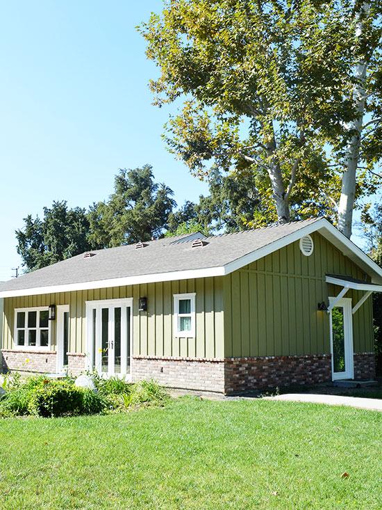 Woodland Hills Pool House