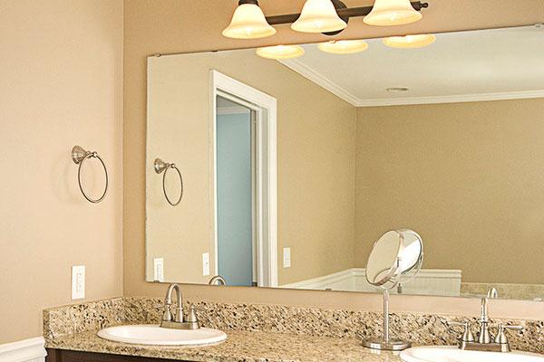 frameless mirror resized 600