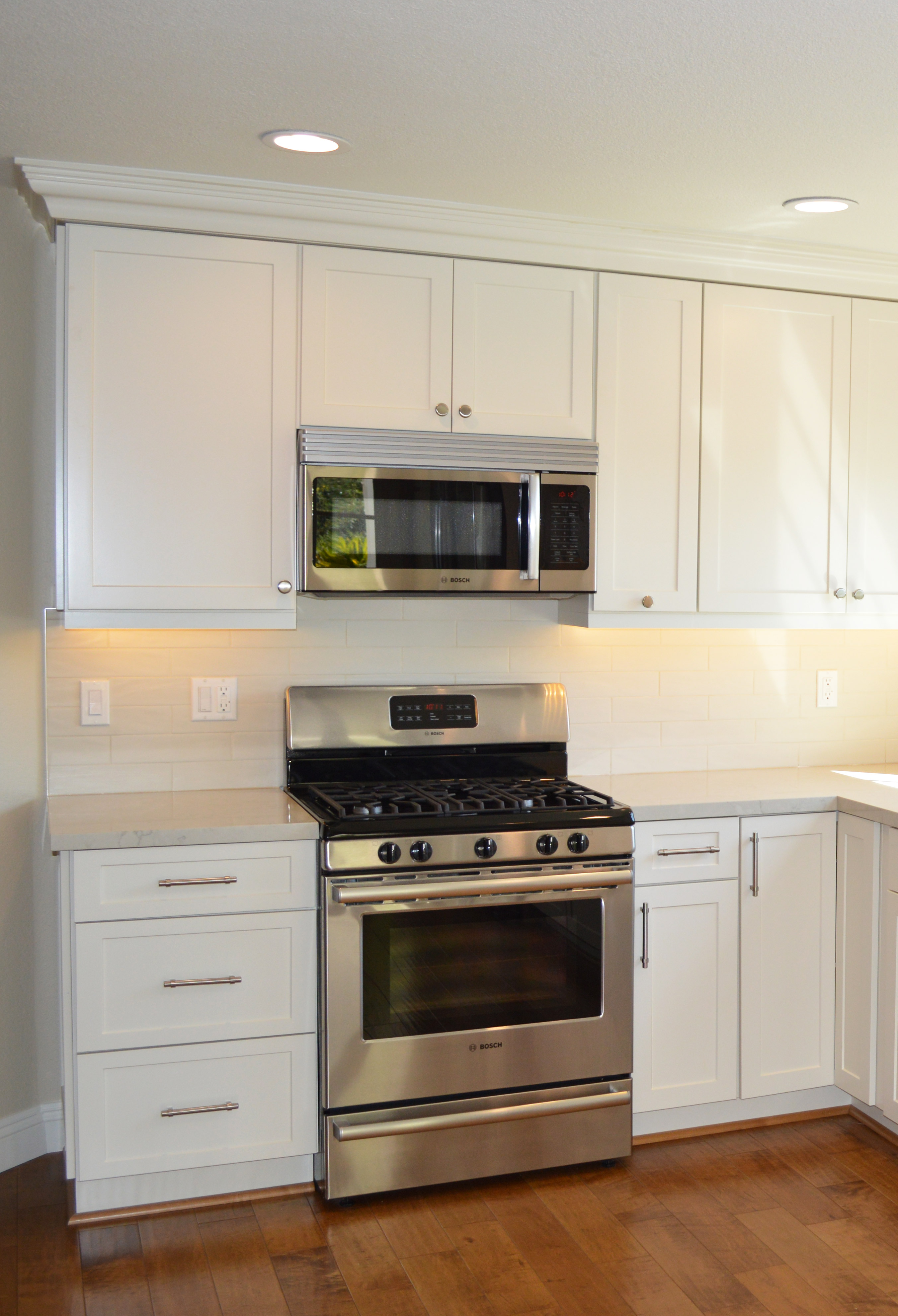 Gorgeous Coconut Shaker Cabinets Were Chosen By This Homeowner To Create  More Warmth In This Beautiful Sized Kitchen. The Color Of These Cabinets  Brings Out ...